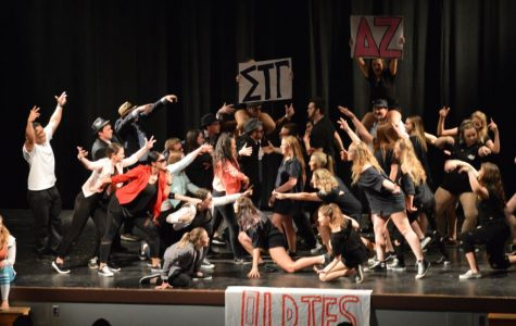 The Battle of the Greeks Begins with Greek Sing 2017