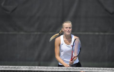 Led by dynamic duo, Vulcan tennis dominant again