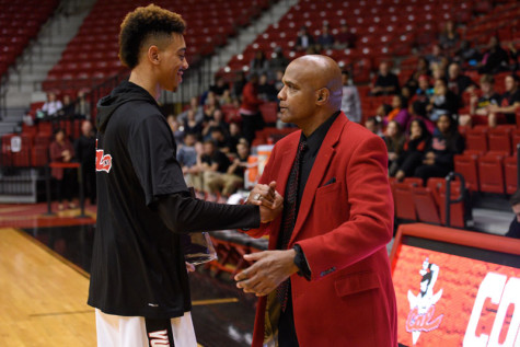 Smith, pictured with Bill Brown, finished the 2015-2016 season with 314 points