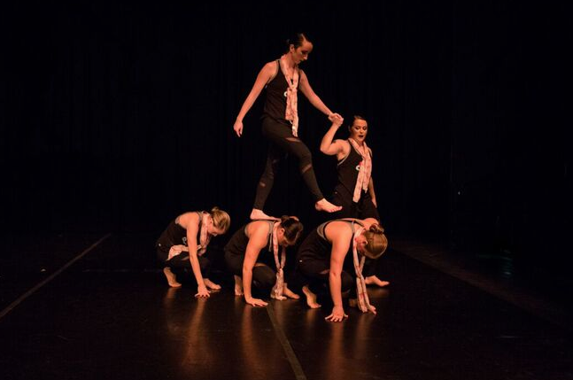 Members+of+the+Cal+U+Dance+Ensemble+close+the+show+with+an+emotional+piece.