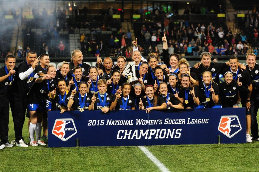 Photo+of+the+2015+NWSL+Champions%2C+FC+Kansas+City%2C+courtesy+of+Steve+Dykes%2FGetty+Images.