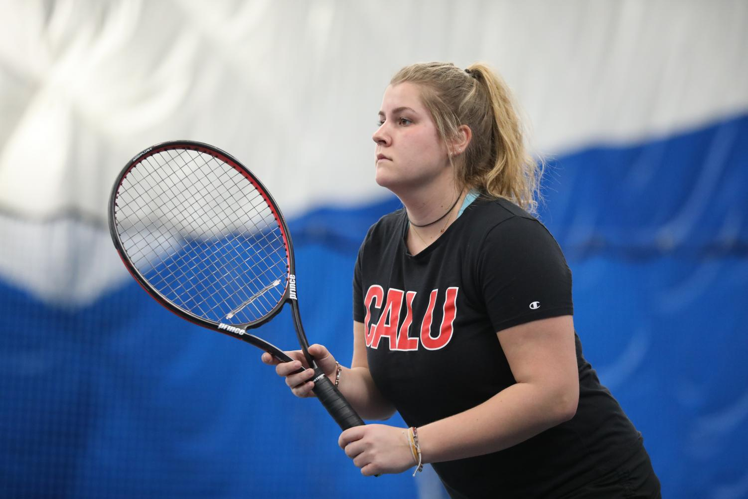 Photo of Cal U tennis player Charlie Gallagher courtesy of Jeff Helsel, SAI.