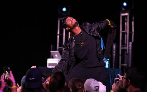 B.o.B performs at California University of Pennsylvania.
