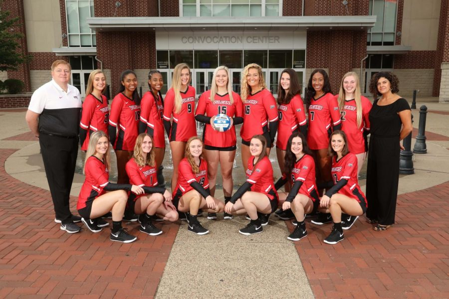 Cal U volleyball team photo day, Fall 2019