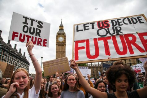 Trafalgar Square, London, UK. 3rd July, 2016.Young people between the ages 14 to 16, protest calling for the legal voting age to be lowered to 16